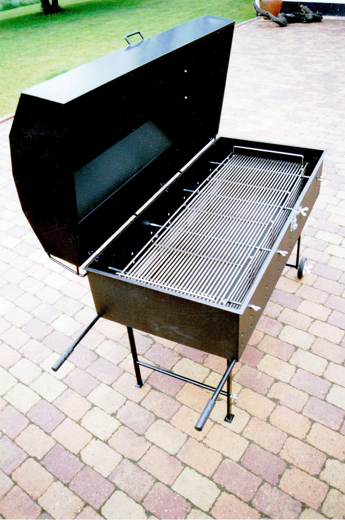Grill model 3 til grise op til 60 kg.