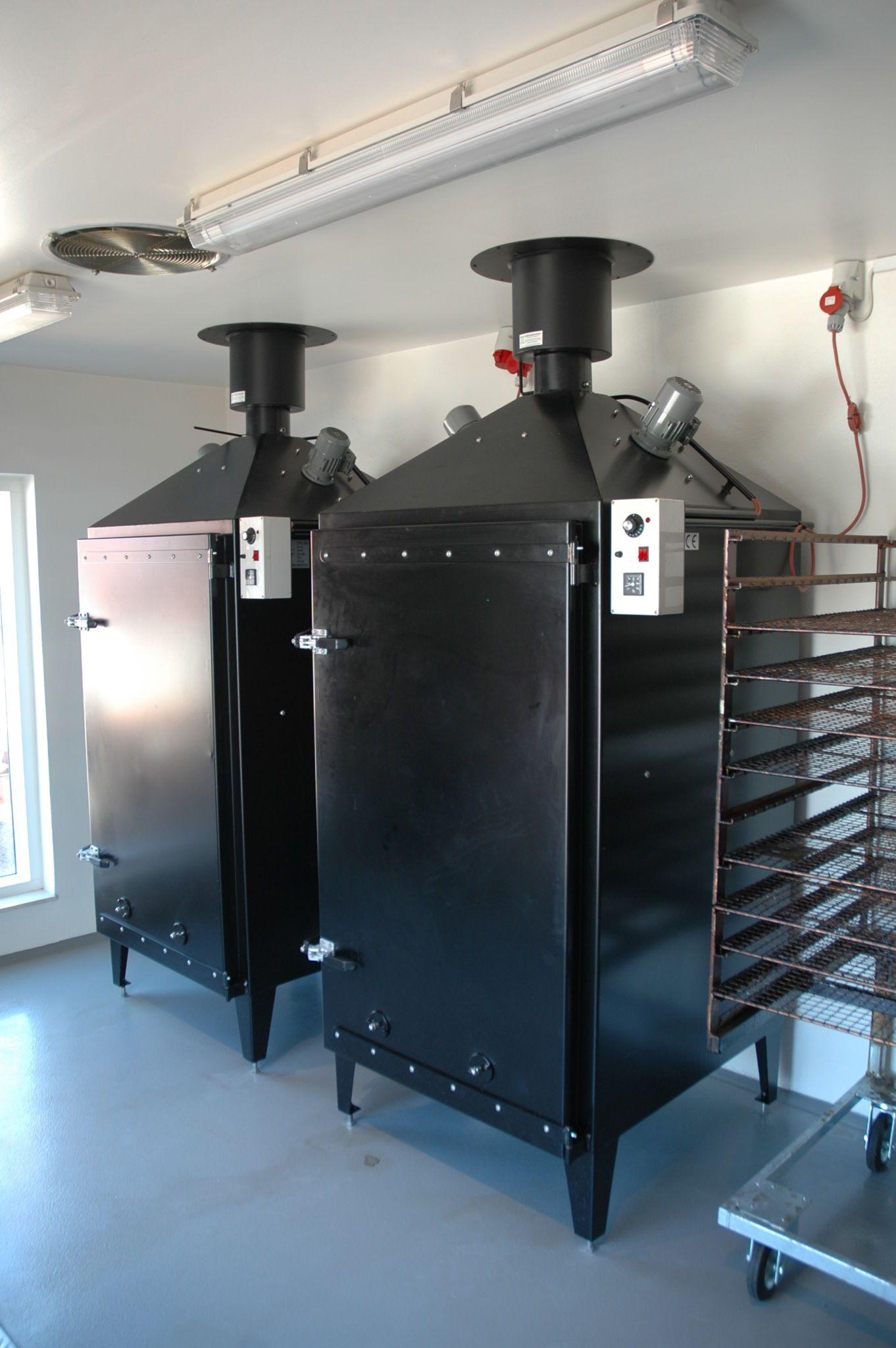 Model 3 C varm og koldrøgeovn til stikvogne